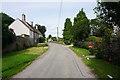ST7472 : Lane in Cold Ashton by Bill Boaden