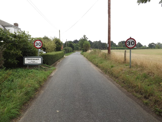Entering Pakenham on Mill Road