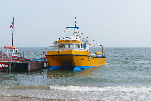 The big yellow (water) taxi