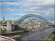 NZ2563 : The Tyne Bridge by Mike Quinn