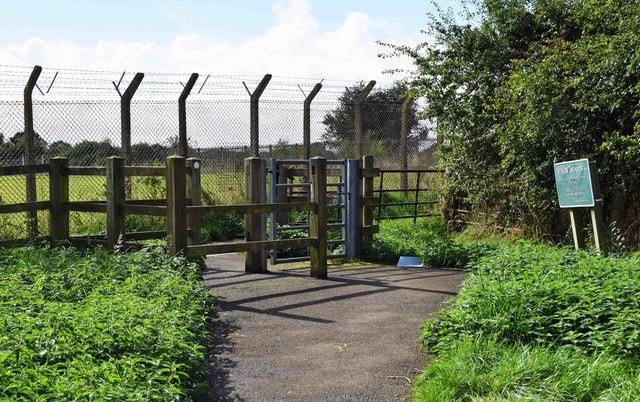 Entrance to Willow Meadows, Carterton, Oxon