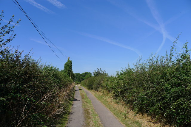 Track past Manor Farm, Mavesyn Ridware