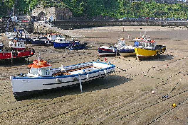 Stranded boats, Tenby