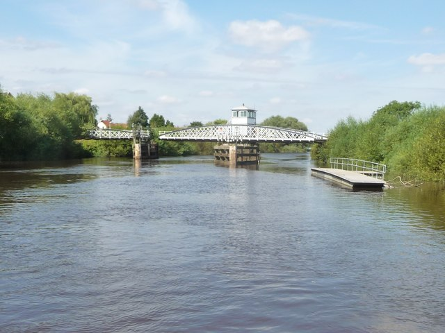 Cawood swingbridge, starting to open for a boat