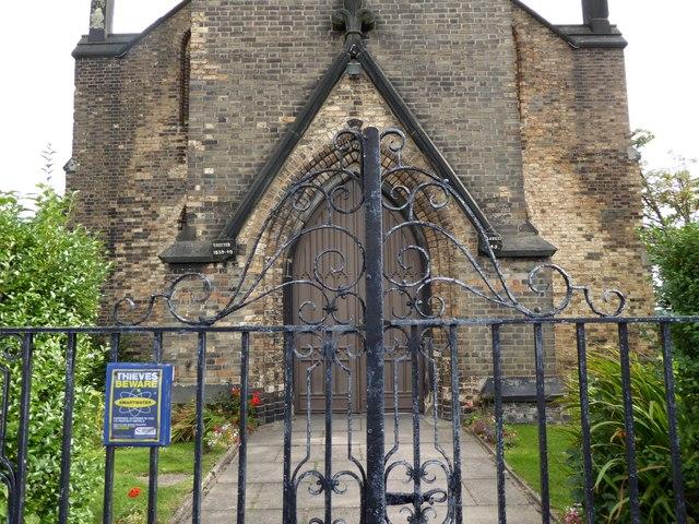 Christ Church, Cobridge: west end