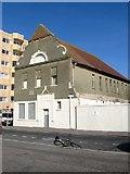 TQ2804 : Medina House, King's Esplanade, Hove by Simon Carey