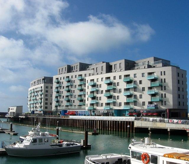 Sirrius, Brighton Marina, Brighton
