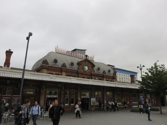 Slough Railway Station