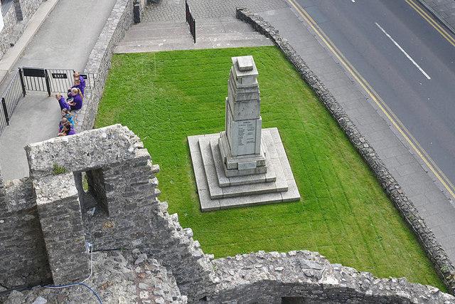 Pembroke War Memorial
