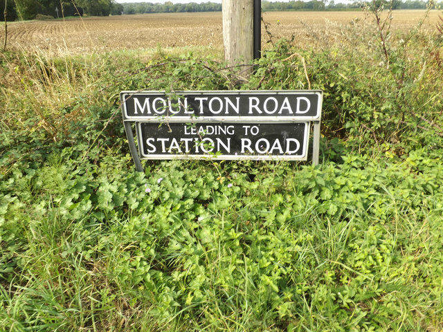 Moulton Road sign