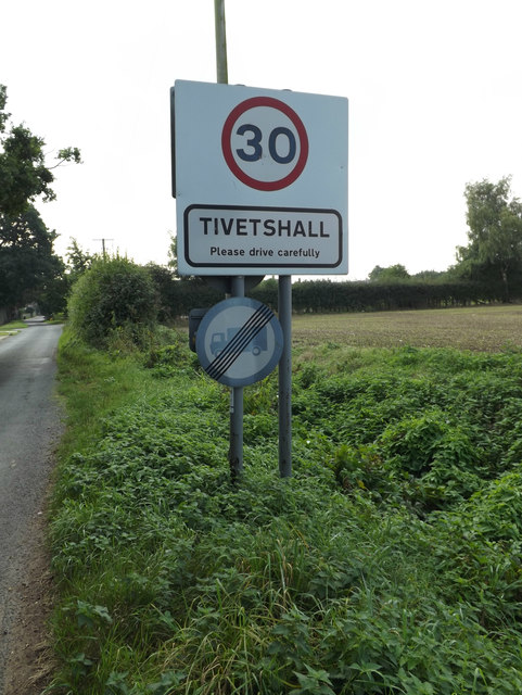 Tivetshall Village Name sign on Green Lane