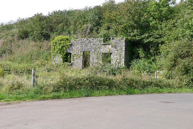 Ruined building, Pembroke