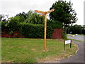ST2895 : Wooden signpost on a Forgehammer corner, Cwmbran by Jaggery