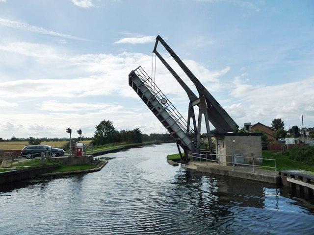Wykewell lift bridge, open for a boat [again]