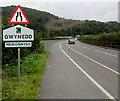 SH7401 : Gwynedd boundary sign north of Machynlleth by Jaggery