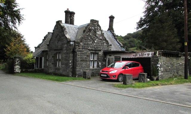 Grade II listed West Lodge (Deildy), Machynlleth