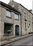 SO8700 : Julie's Hairstylist in Minchinhampton by Jaggery