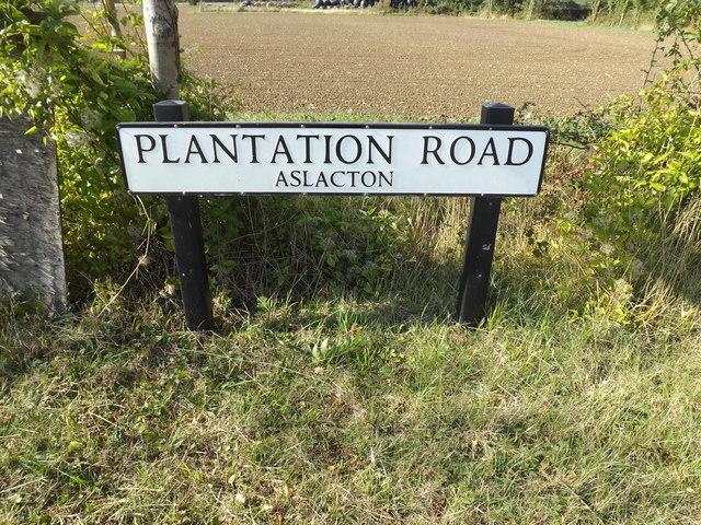 Plantation Road sign