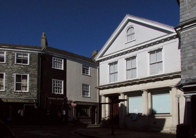 Junction on Totnes High Street