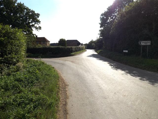 Woodrow Lane, Aslacton