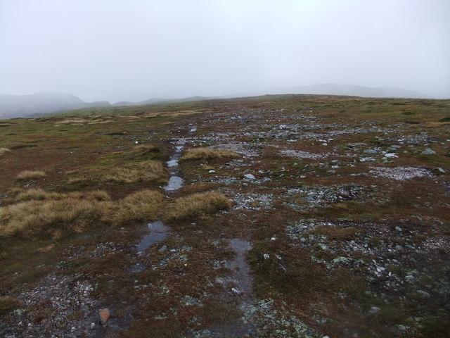 Barren plateau east of Carn a' Gheoidh