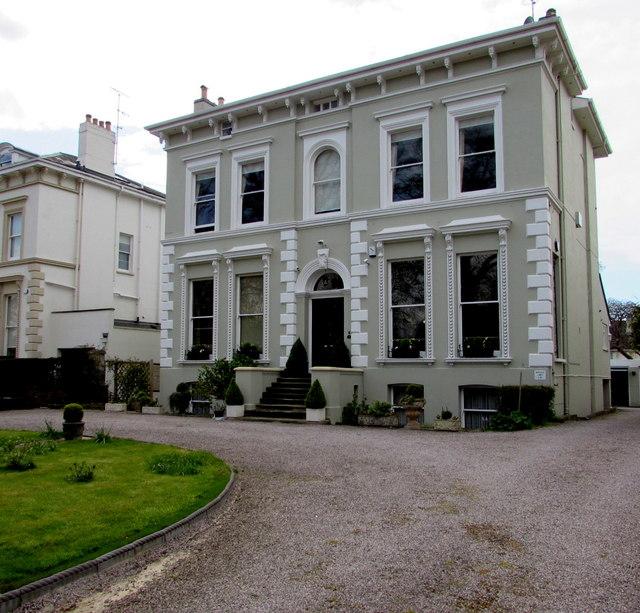 104 Evesham Road Cheltenham