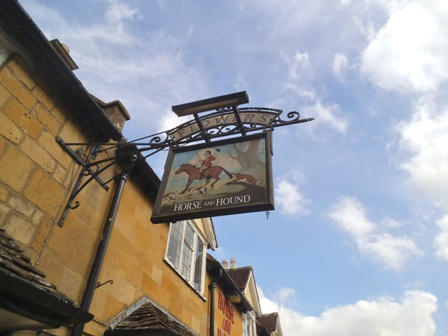 Horse and Hound Sign