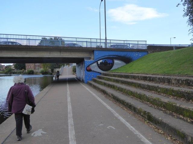 Urban art on Exe Bridge support
