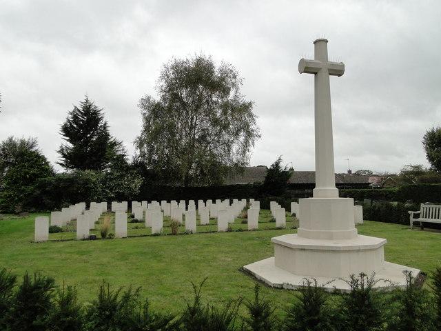 Seventy seven war graves at Beck Row St. John's