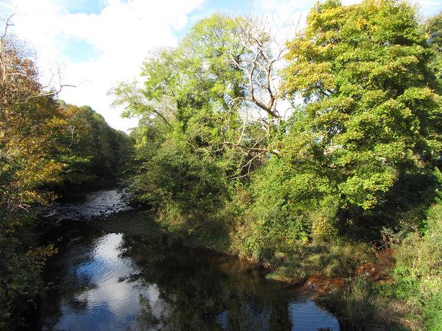 River Taff in Troedyrhiw by Gareth James