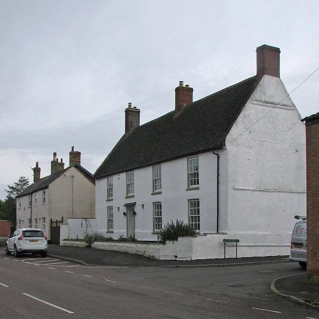 Haddenham: a fine house on Aldreth Road