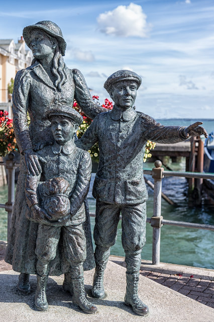 Annie Moore and her brothers