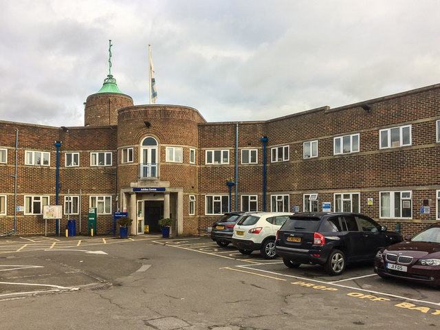 Jubilee Centre, Queen Victoria Hospital