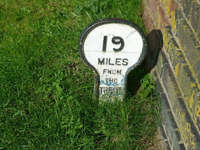 Grantham Canal milepost
