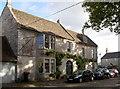 ST7873 : The Old Inn by Neil Owen