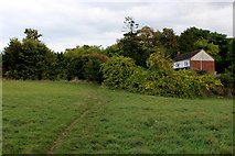 TQ5571 : Footpath leading to Darenth Road South by Chris Heaton