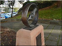 NS2776 : Radical War memorial sculpture: detail by Lairich Rig