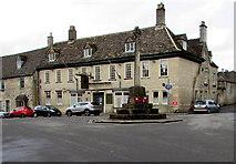 SO8700 : War Memorial and Crown Inn, Minchinhampton by Jaggery