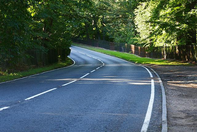 A329, Blacknest Road