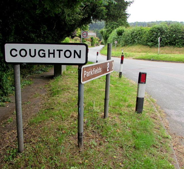 Coughton boundary sign
