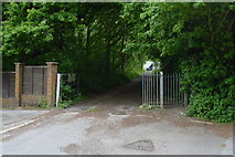 TQ3939 : The end of Oakfield Way by N Chadwick