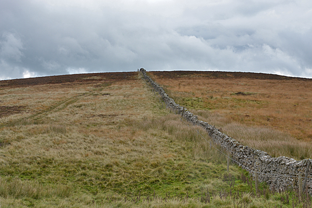 Wall heading up Linglow Hill