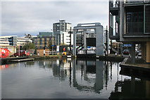 NT2472 : Leamington lift bridge - Edinburgh by Chris Allen