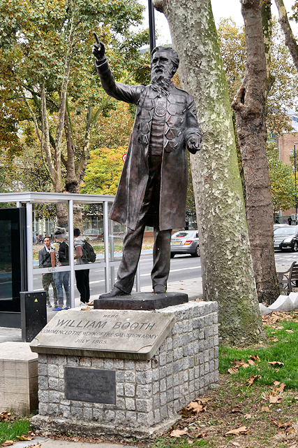 Statue of William Booth at Whitechapel