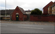 SO8317 : Stroud Road electricity substation, Gloucester by Jaggery