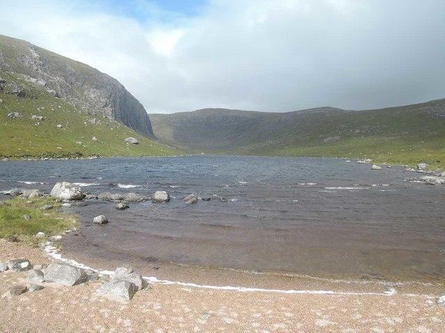 Beach at the south end of Loch Dhiobadail