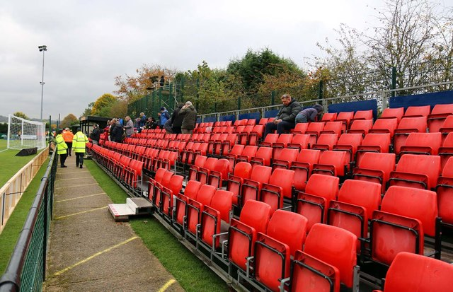 Temporary seating in the Moatfield    © Steve Daniels cc-by-sa/2 0