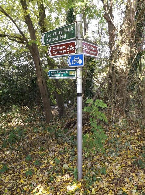 Lea Valley Walk Bridleway sign