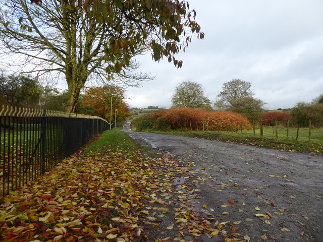 Footpath between Fenton Park and Cemetery