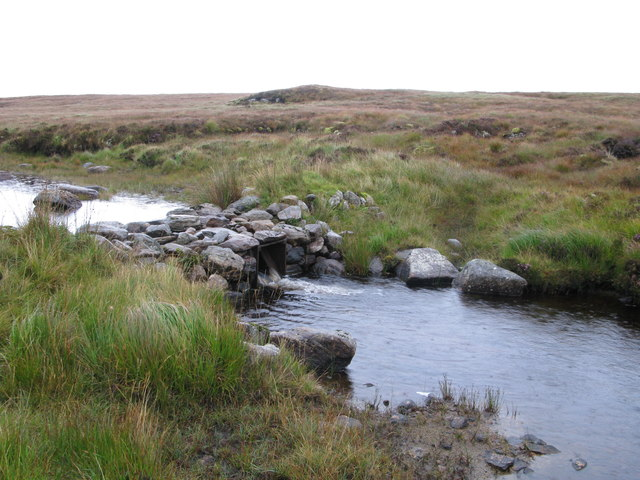 Outflow from Loch Airigh nan Sloc